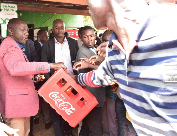 Is Drinking Soda Hustling? Reactions as DP Ruto Takes Sodas With Fellow  Kenyans at a Local Kiosk - Opera News
