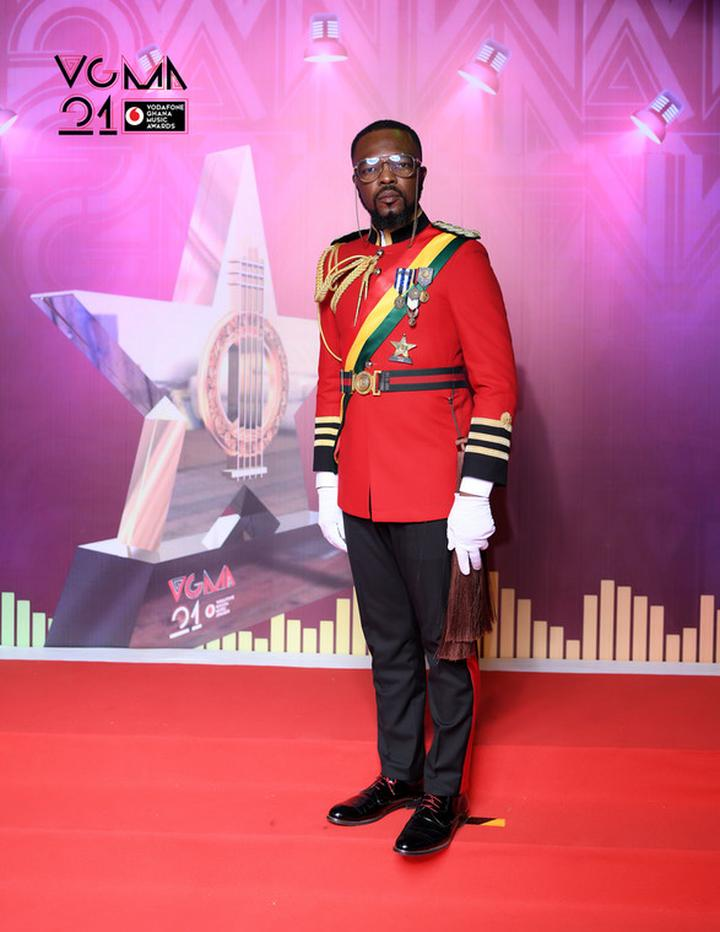 e3ba1556fb3b5984e4fc552fdbceae03 9?source=nlp&quality=hq&format=jpeg&resize=720 - Yawa! Photos of the worse-dressed celebrities at the VGMA finally out (Photos)