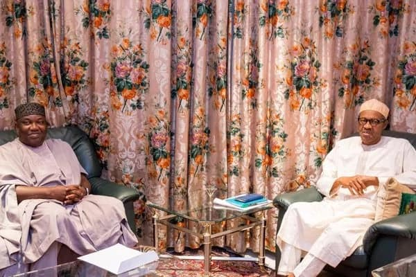 President Buhari meets with Enugu state governor ▷ Legit.ng