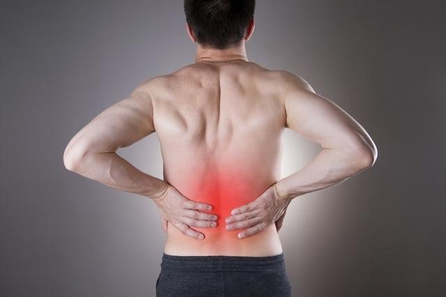 Principais causas de dor nos rins e como aliviar