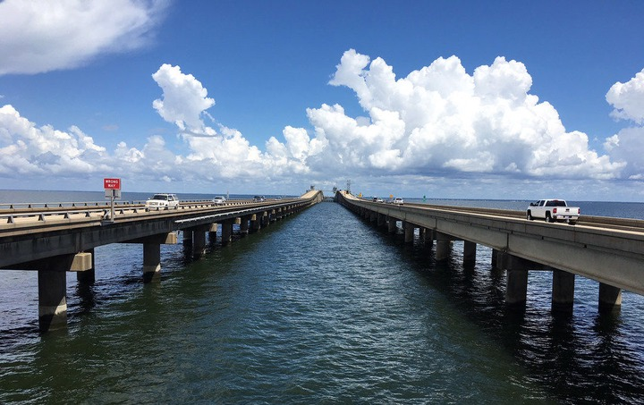 Causeway official: contractor incorrectly installed $40M safety railings;  lawsuit likely   One Tammany   nola.com