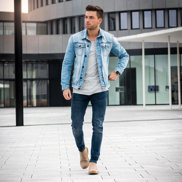Style Guide: How to Wear A Denim Jacket In Fall | Blue denim jacket outfit,  Light denim jacket, Mens casual outfits