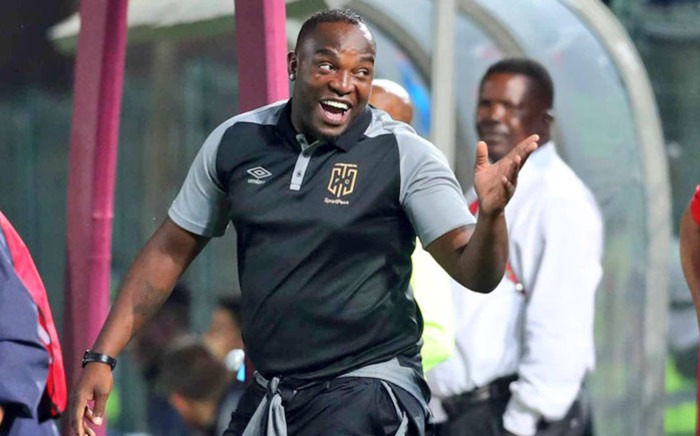 Benni McCarthy : 'I never had a conversation with Pirates chairman'