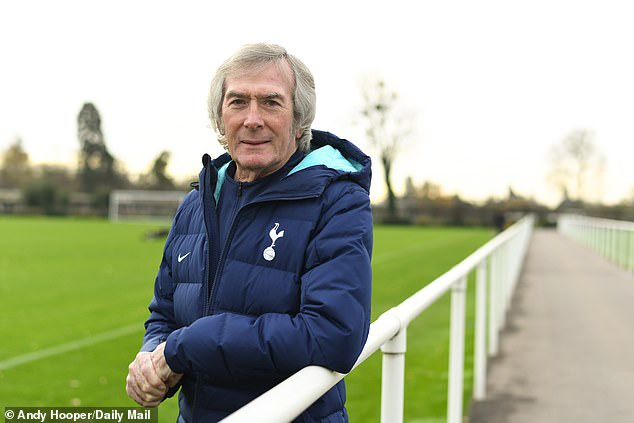 Pat Jennings on that move across London - and how he's still Tottenham  through and through | Daily Mail Online